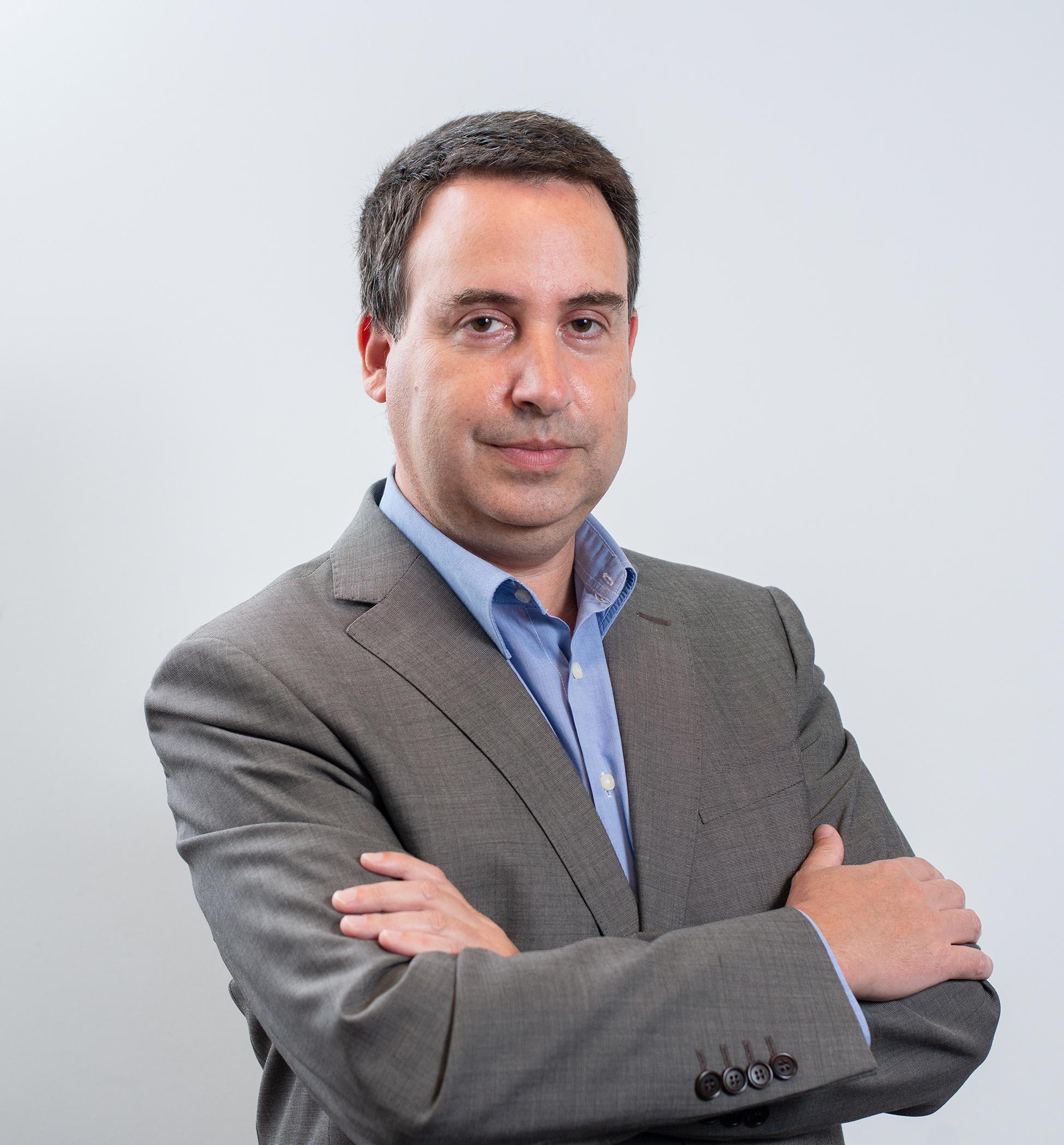 PROFESSOR DOUTOR MIGUEL VARELA